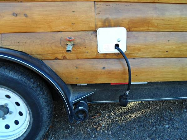 tiny-house-on-wheels-for-sale-in-utah-009