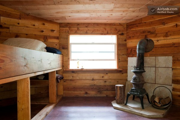 tiny-off-grid-cabin-vacation-rental-04