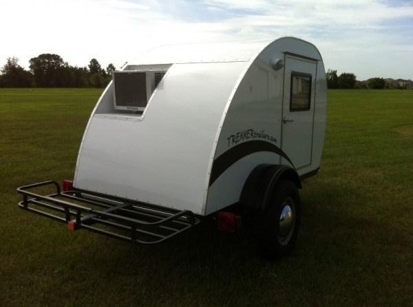 trekker-trailers-simple-sleeper-teardrop-camper-03