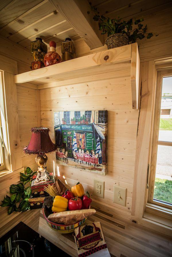 tumbleweed-elm-18-overlook-117-sq-ft-tiny-house-on-wheels-0015