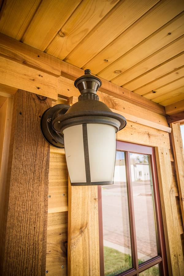 tumbleweed-elm-18-overlook-117-sq-ft-tiny-house-on-wheels-0028