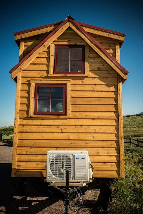tumbleweed-elm-18-overlook-117-sq-ft-tiny-house-on-wheels-003