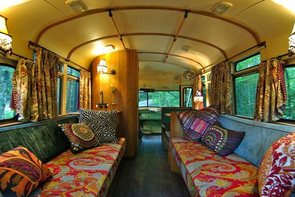 viking-short-bus-conversion-turned-to-cabin-on-wheels-by-winkarch-005