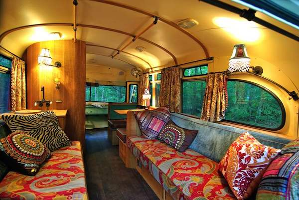 viking-short-bus-conversion-turned-to-cabin-on-wheels-by-winkarch-009