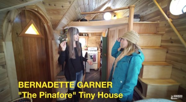 woman-living-simply-in-pinafore-tiny-house-by-tiny-house-giant-journey-004