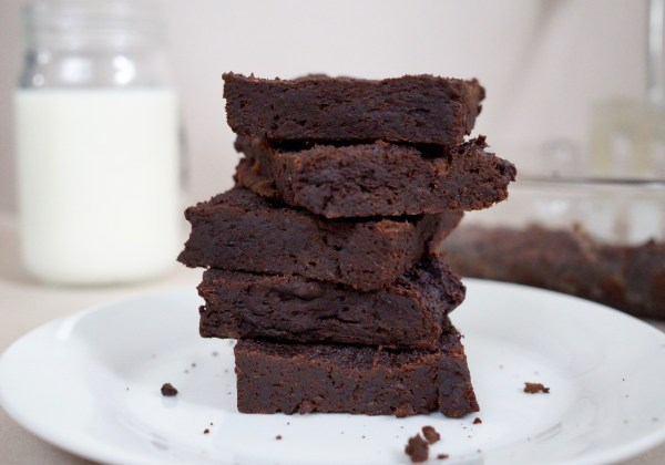Vegan chocolate fudge brownie