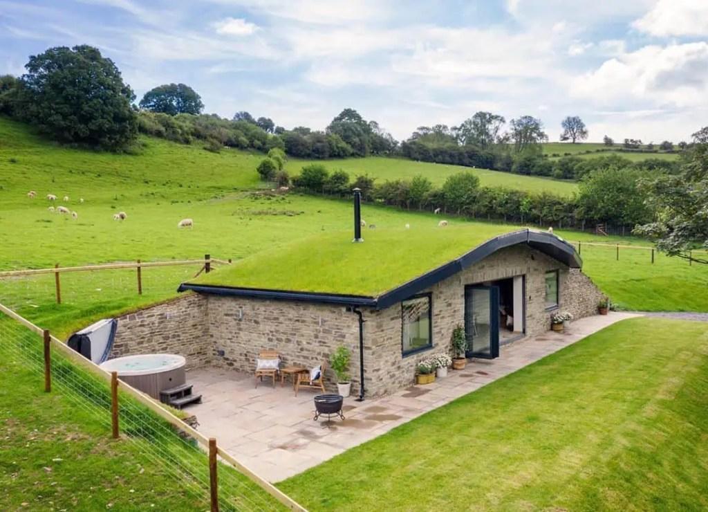 tiny house that looks like hobbit home