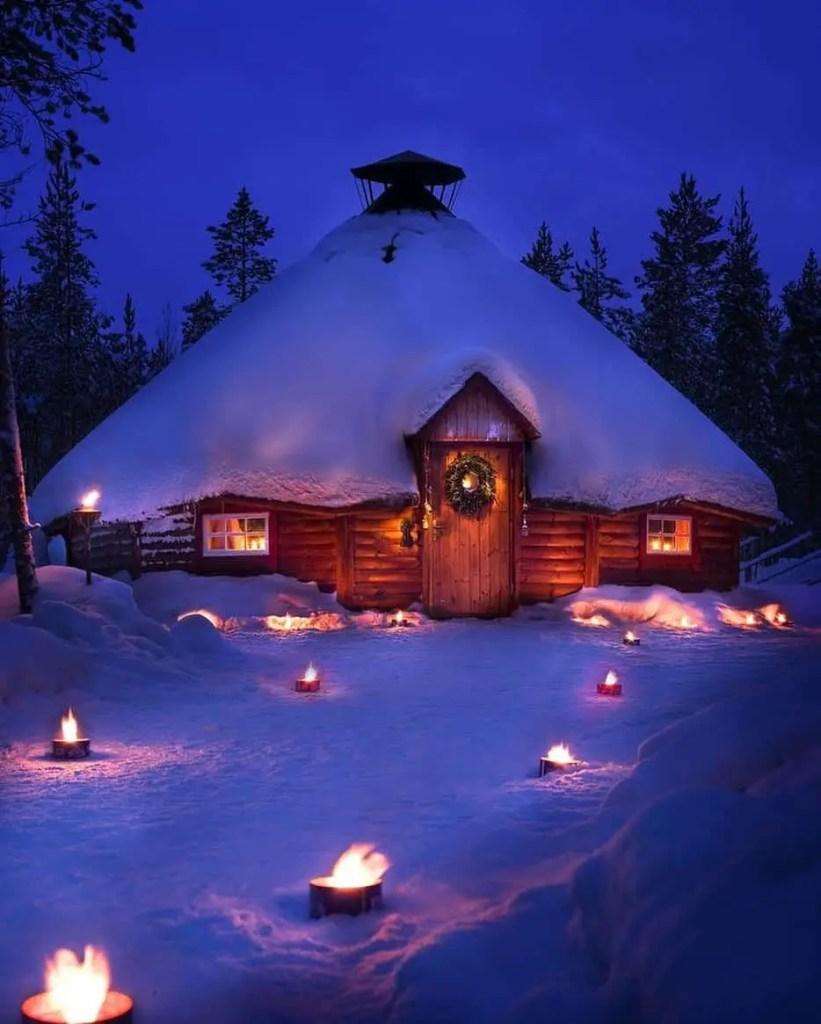 tiny house winter vacation home