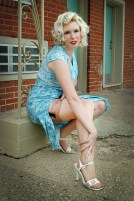 On Location Pin Up