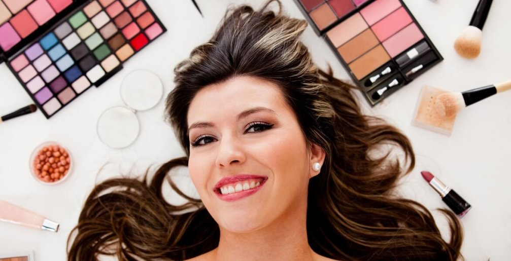 women with beauty products