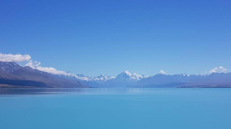 Lake Pukaki towards Aoraki/Mount Cook