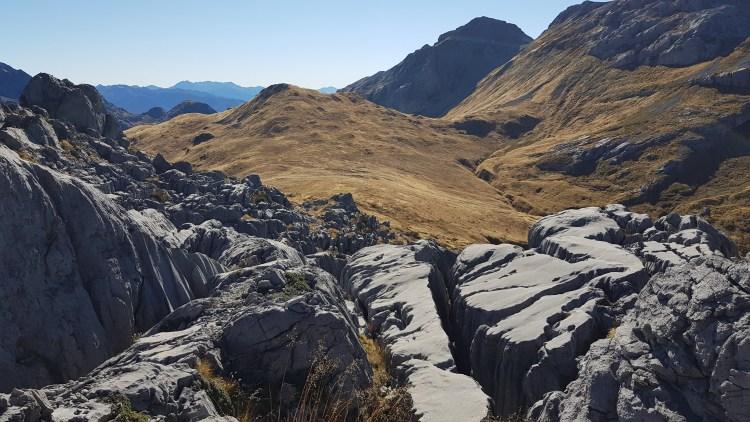THOSE rock slabs on Mount Owen