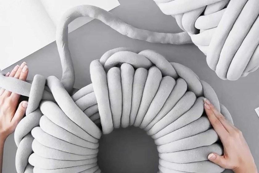 Shanqian super chunky yarn tube