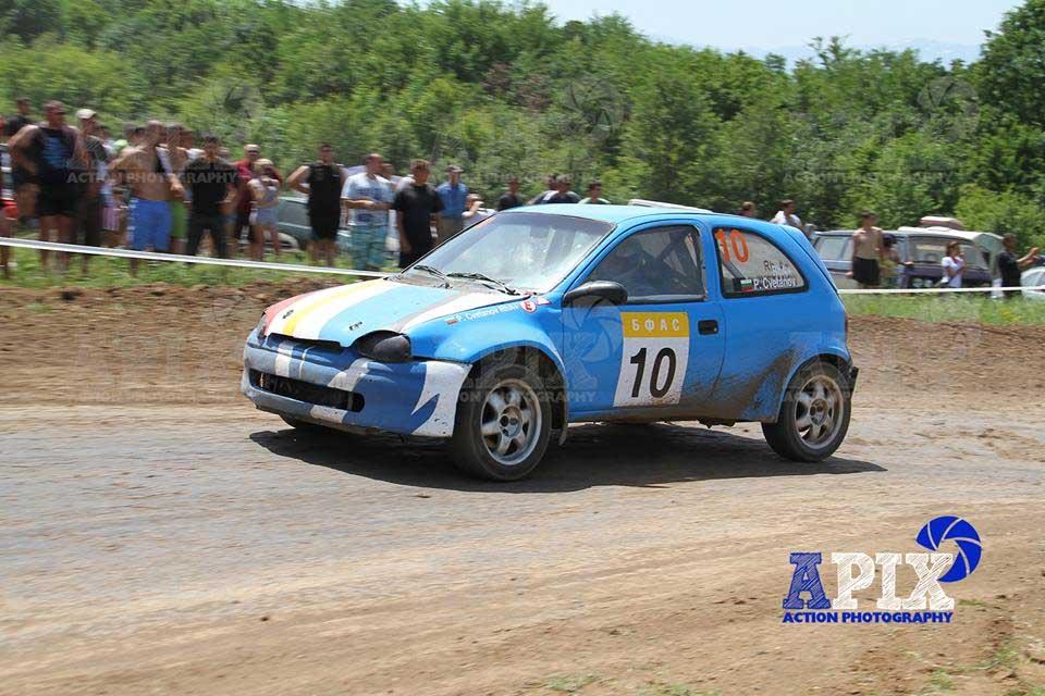 Sponsorul de raliu-automobil cu conducător Plamen Tsvetanov este TIP OOD