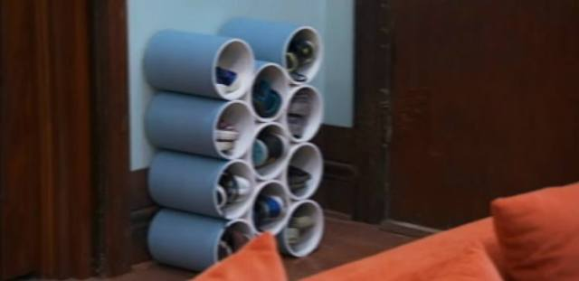 try making these 11 amazing diys out of pvc pipes tiphero. Black Bedroom Furniture Sets. Home Design Ideas