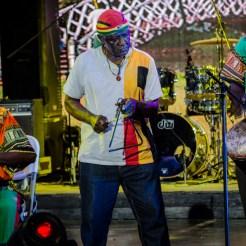 Antigua   Kiosque Occide Jeanty   24-08-2015