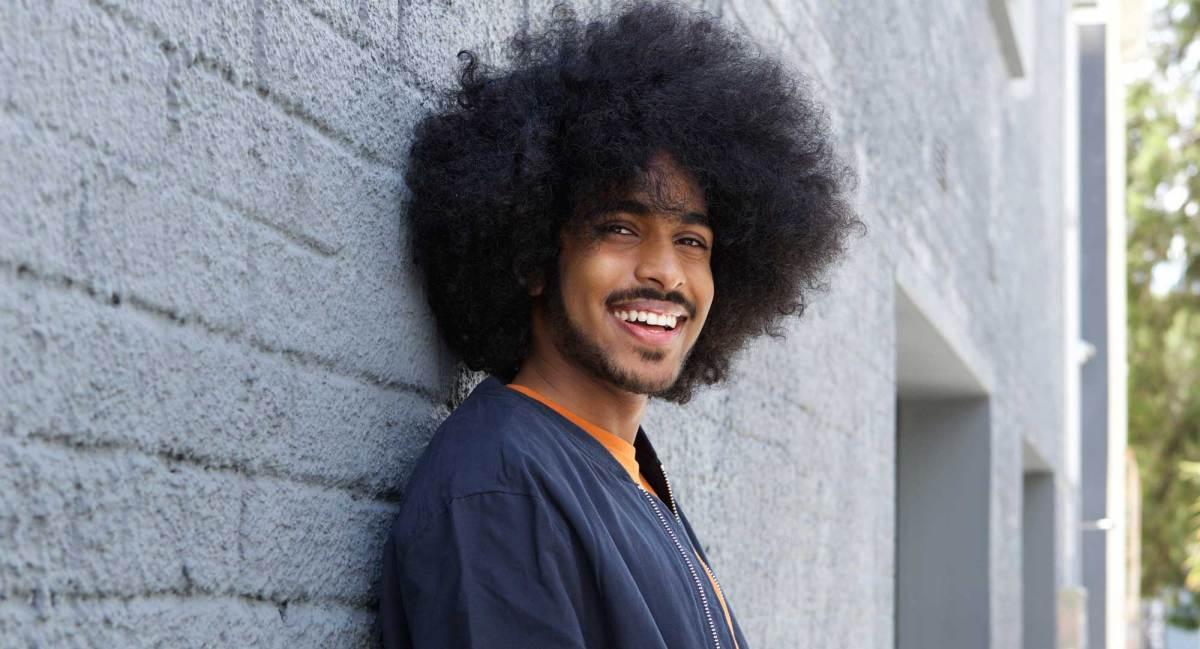 Inspirações de cortes para cabelos crespos/cacheados masculinos