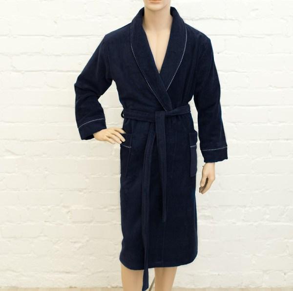 Велюровый халат с индивидуальной вышивкой