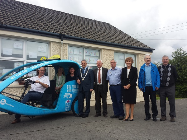 Scoil Naomh Cualán Borrisoleigh hosts launch of Bin Your Gum campaign in Co. Tipperary