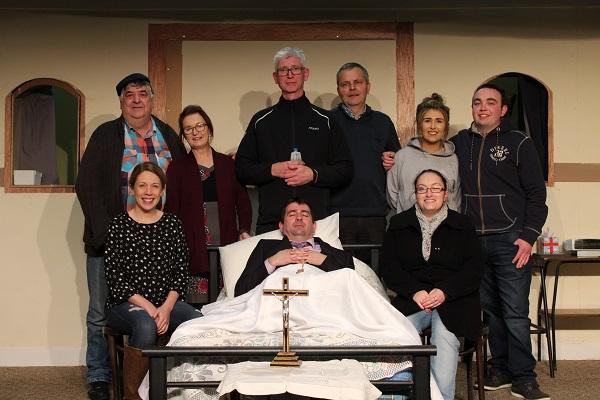 Cast of Borrisokane Drama Group. Sitting L-R: Ciara O'Meara, Eddie Kennedy, Margaret Cormican. Standing L-R: Brendan Carroll, Maura Kennedy, Dermot McDermott, Paul Hough, Laura Molloy, Damien Hough.