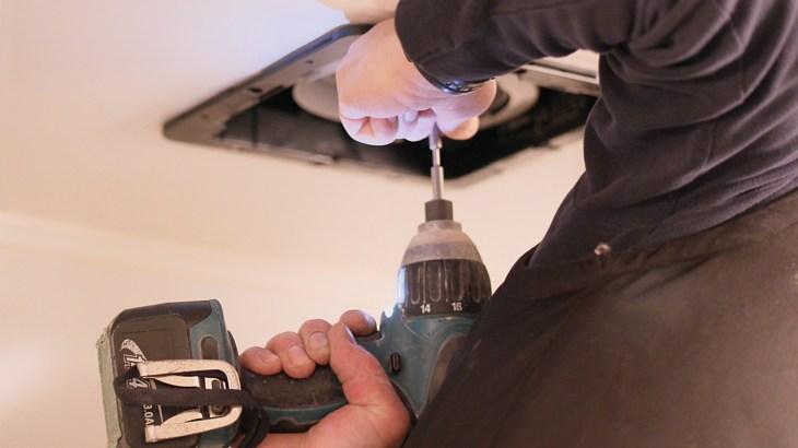 換気扇掃除は重曹でつけ置き!汚れを綺麗にする掃除の手順を解説