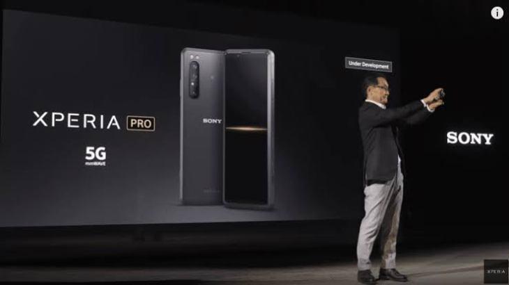 Sony Xperia Pro Mulai dipasarkan Harga 35jt