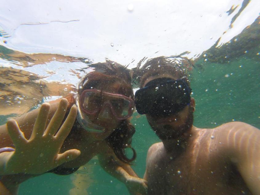Bagno nella Laguna Azzurra di Ilha Grande