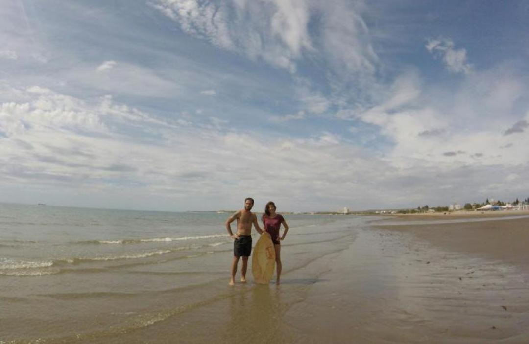Sandboard sulle spiagge di Puerto Madryn in Argentina