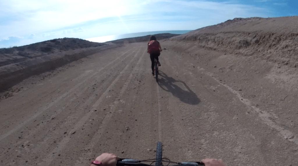 In bicicletta verso Punta Lomo a Puerto Madryn