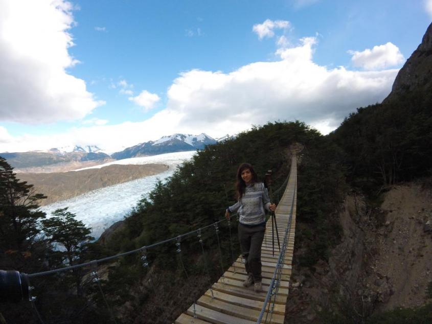 "Ponte sul ghiacciaio Grey al trekking ""W"" nel Parco Nazionale Torres del Paine in Cile"