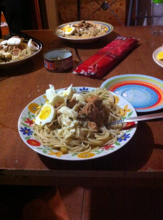 Cena giapponese a base di Ramen a Puerto Rio Tranquilo