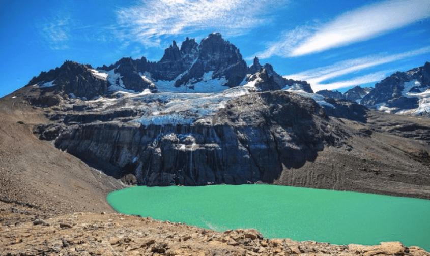 Il Cerro Castillo e la sua laguna come dovrebbe essere