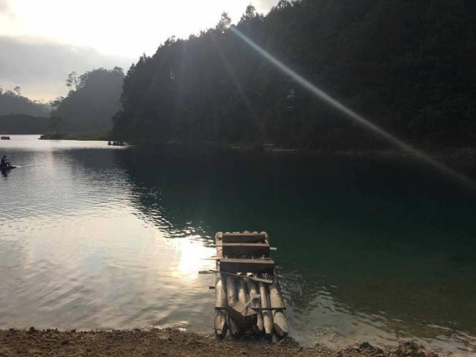 laguna-montebello