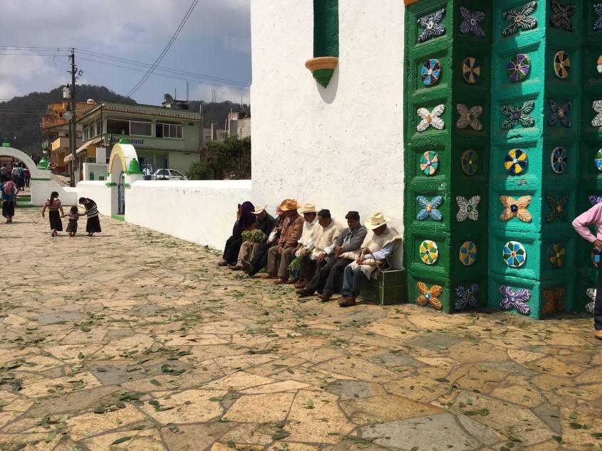 san-juan-chamula-esterno-chiesa-chiapas-messico