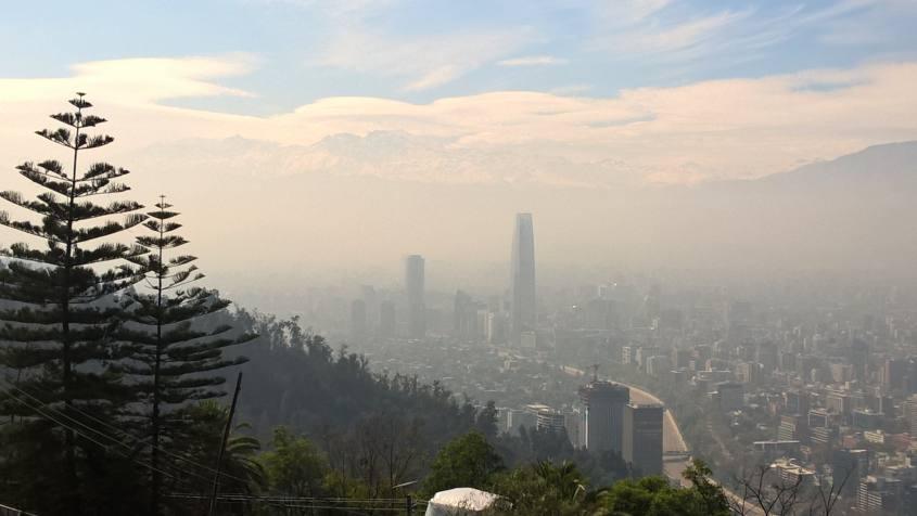 Cerro San Cristobal di Santiago del Cile nella nostra realtà