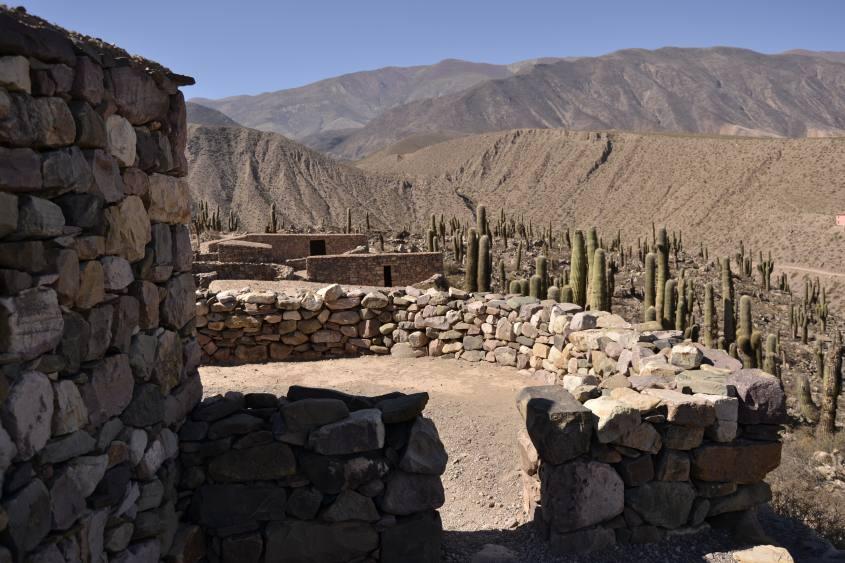 Vista dalla fortezza Pucará de Tilcara in Argentina