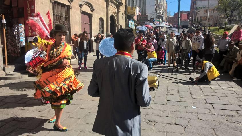 Preparativi ballo per il patrono di La Paz in Bolivia, il Gran Poder