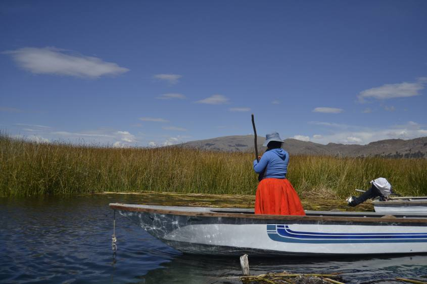 Verso las Islas Flotantes (Isole Galleggianti) nel Lago Titicaca in Perù
