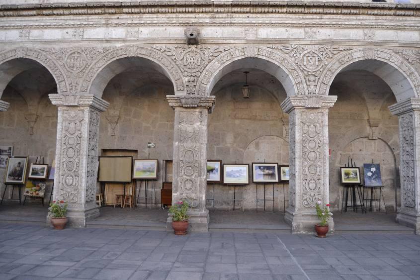 Vista del Chiostro di Arequipa dalla corte interna