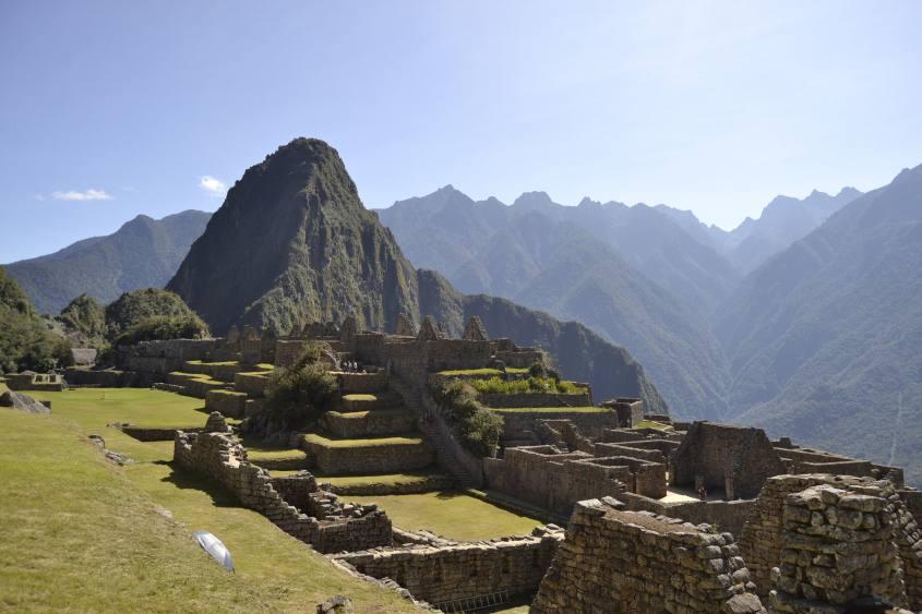 Foto panoramica di Machu Picchu e delle sue rovine