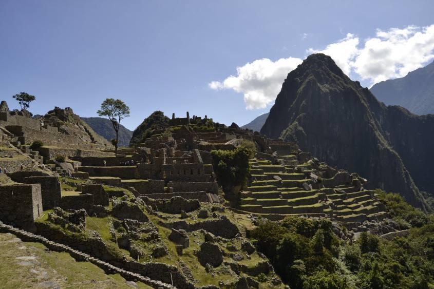 Tipica foto panoramica di Machu Picchu