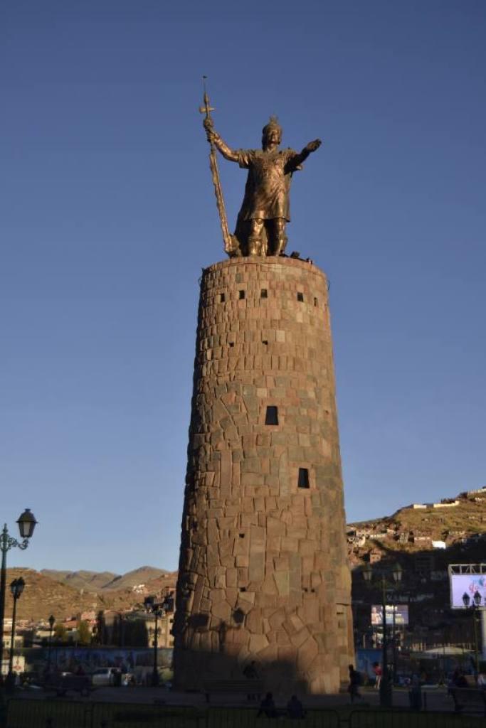 Statua dell'Inca Cusco
