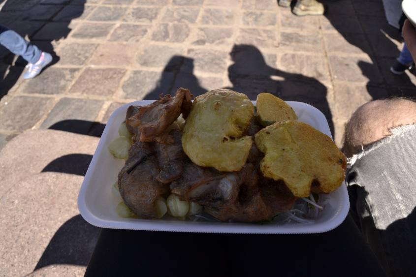 Il cuy, porcellino d'india, il tipico piatto peruviano