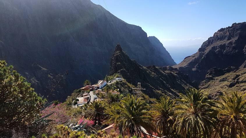 Il villaggio di Masca prima del miglior trekking di Tenerife