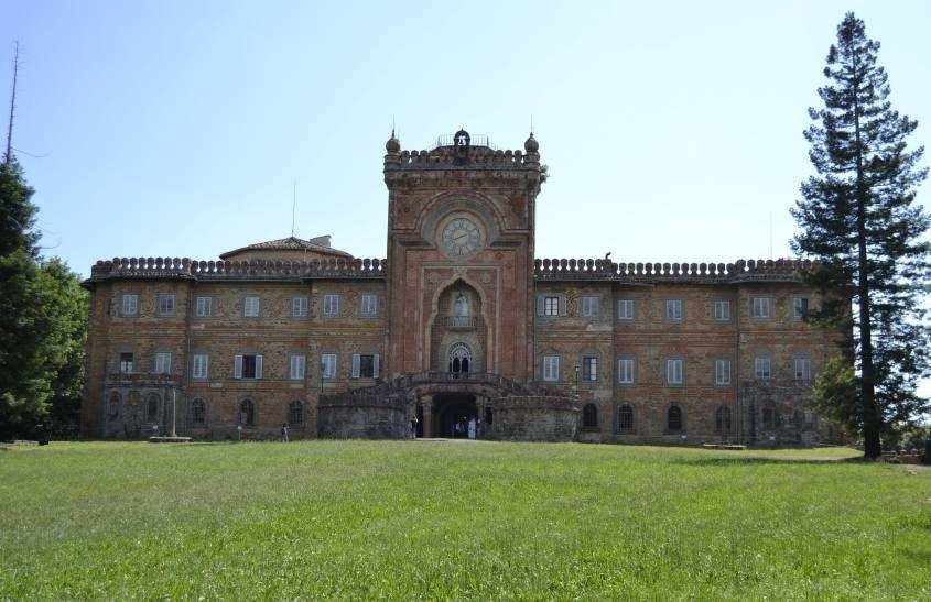 Facciata del Castello di Sammezzano Firenze