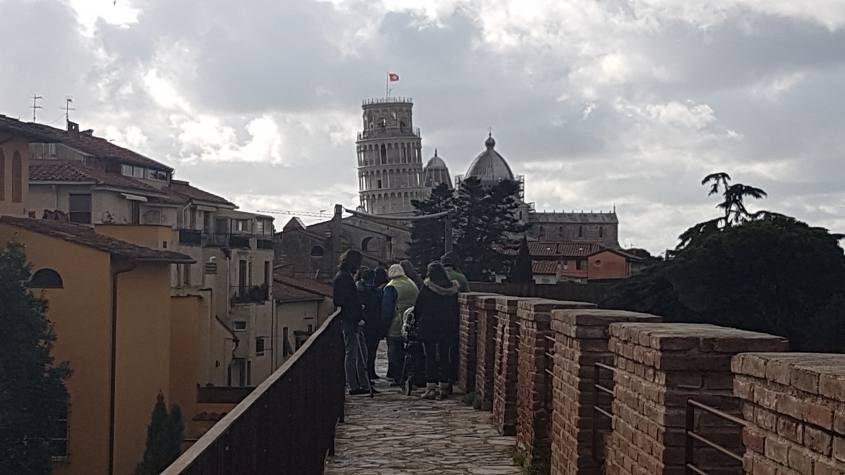 Percorso de Le Mura di Pisa con vista Torre di Pisa
