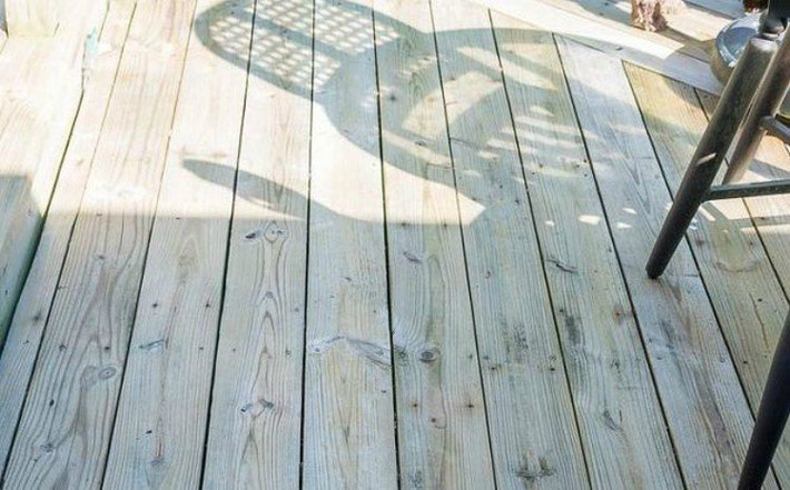 Make a Non-Toxic Deck Cleaner