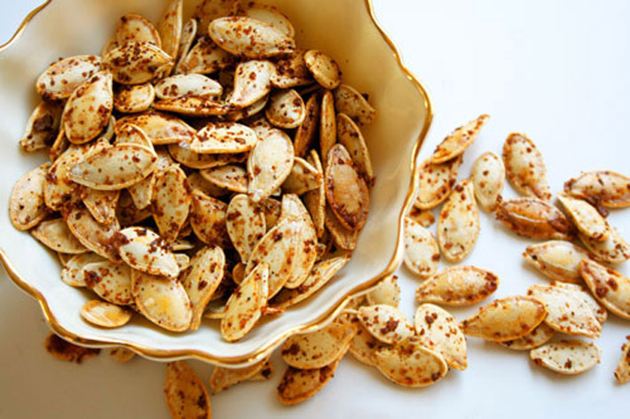 Spicy Roasted Pumpkin Seeds – Recipe