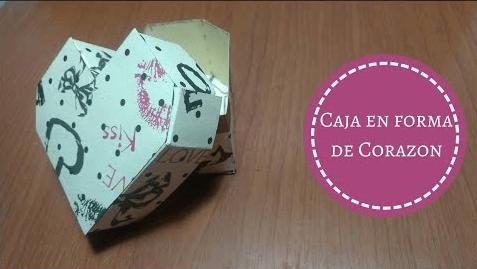 Caja de regalo en forma de corazón