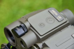steiner-m830r-lrf-1535nm-binoculars-controls.jpg